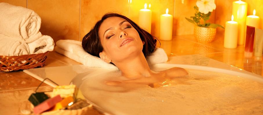 Ароматная ванна с эфирными маслами